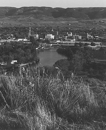 Casper Wyoming Downtown Casper from the Casper Events Center Casper Mountain in the background, North Platte River in the foreground.